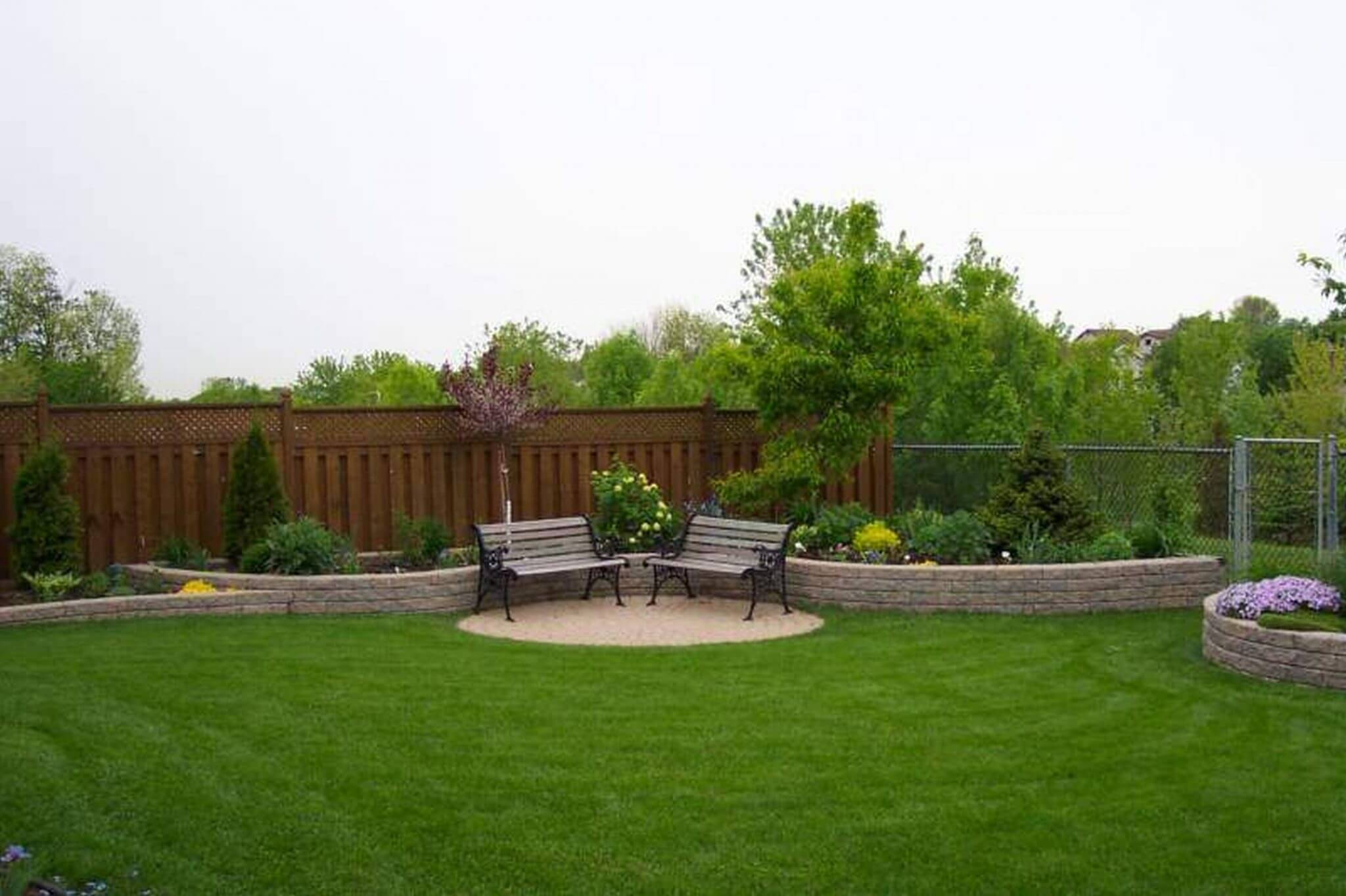 Plants good for adding privacy to your home gainesville fl for Backyard designs